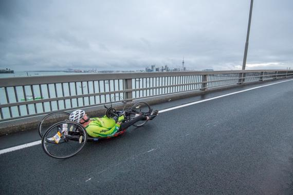 NEW YORK MARATHON WINNING AUSSIE SUPERSTAR HEADLINES ASB AUCKLAND MARATHON WHEELCHAIR RACE